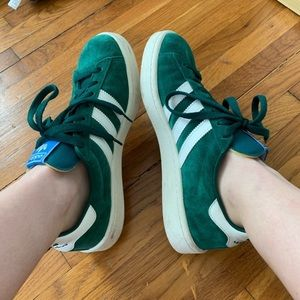 Adidas green suede sneaker Size 9.5